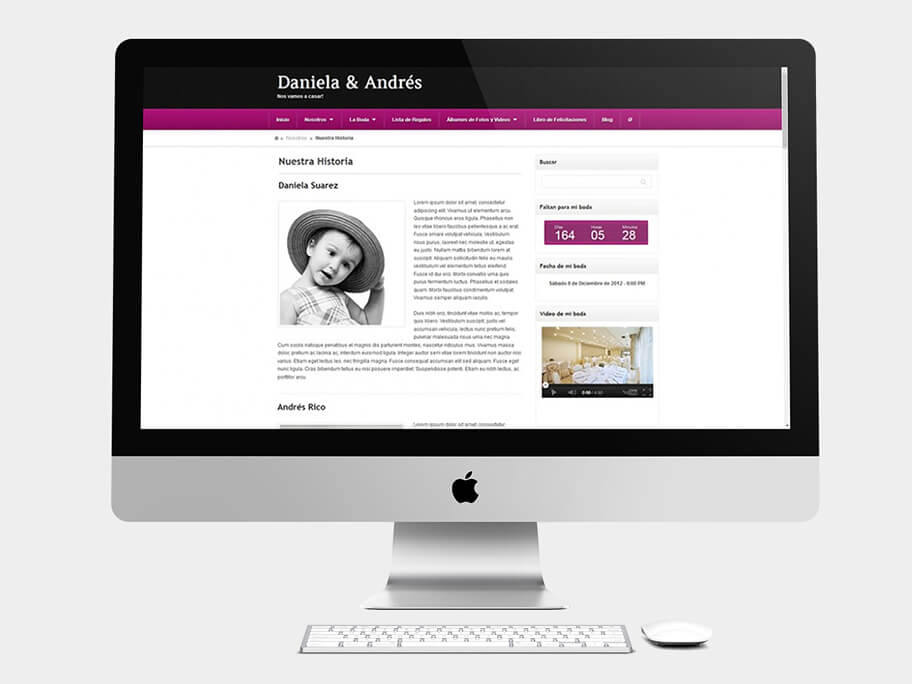 Daniela y Andrés, página de Nuestra Historia, computador